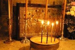 """Гробница Божией Матери: """"Во Успении мира не оставила еси…"""""""