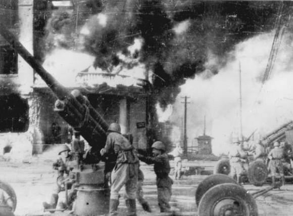 Сталинград горит. 1942 г. Фото: victory.pobeda.vif2.ru