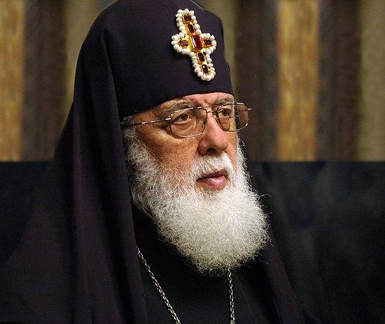 Патриарх Илия II в 35-й раз совершит всеобщее крещение детей