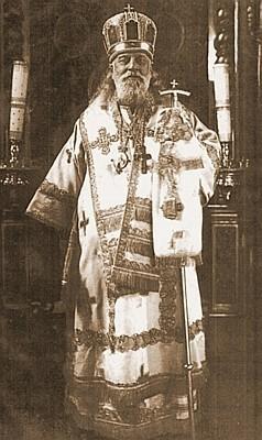 Митрополит Ленинградский Серафим во время богослужения, 1920-е годы. Фото: chichagovs.narod.ru