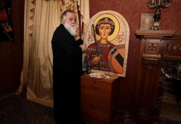 Митрополит Димитрий пишет икону