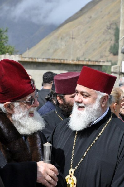 Святейший Патриарх Илия II и митрополит Димитрий