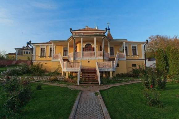 Дом архимандрита Авеля (Македонова), первого наместника монастыря со дня его возрождения