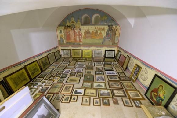 Экспонаты создаваемого монастырского музея