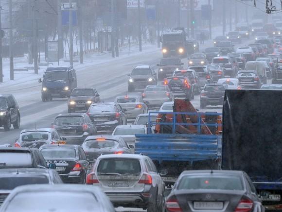 Пробка на трассе Москва- Санкт-Петербург
