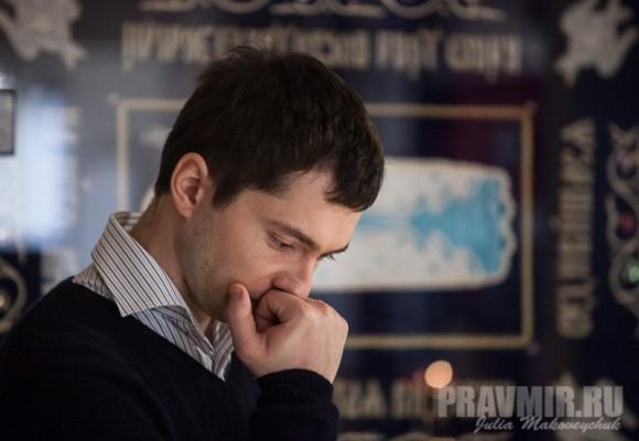 Дмитрий Иванов, китаист из Минска. Руководит Центром изучения Русского языка в Гонконге