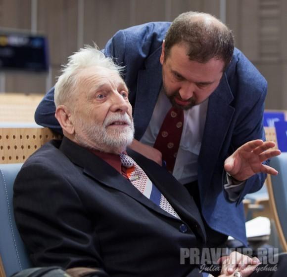 Художник Михаил Михайлович Верхоланцев и Андрей Золотов младший