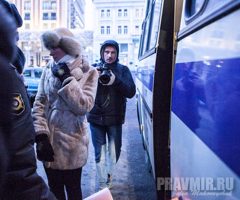 Пикеты против запрета усыновления зарубеж у Государственной Думы. Фото Юлии Маковейчук (19)