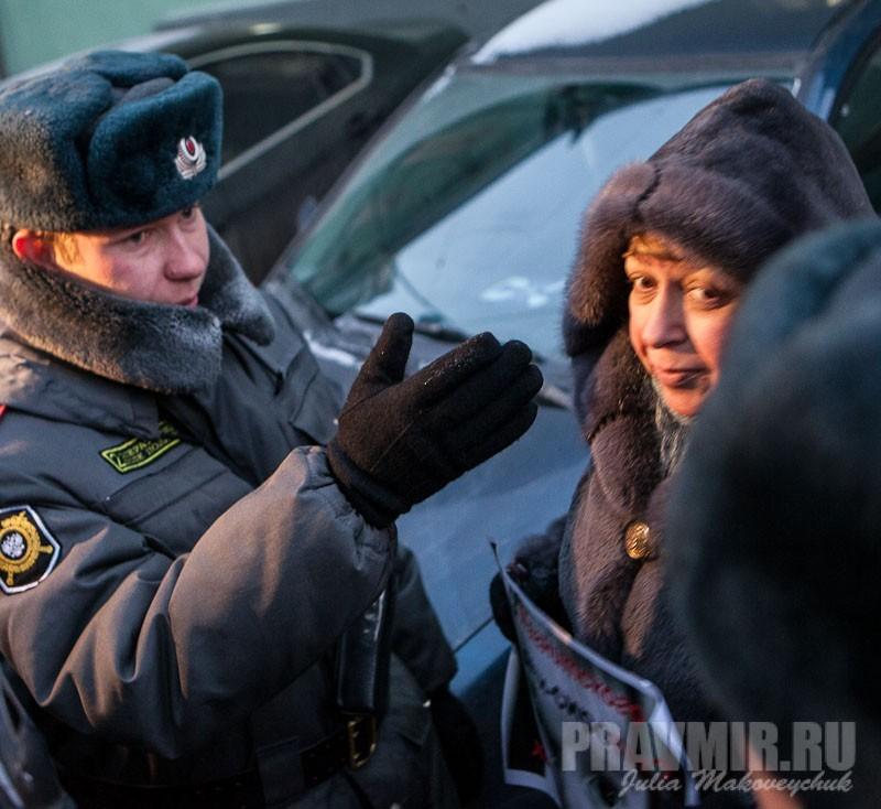 Пикеты против запрета усыновления зарубеж у Государственной Думы. Фото Юлии Маковейчук (8)