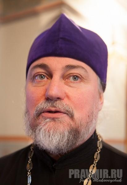 Священник Петр Коломейцев
