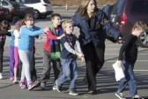 Учительница начальной школы в Америке спасла детей от убийцы, заперев детей в шкафу