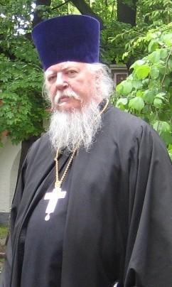 Прот. Димитрий Смирнов: Церковь не собирается подбирать духовника министру обороны