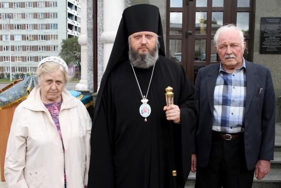 Владыка Аристарх с родителями - Екатериной Васильевной и Анатолием Васильевичем