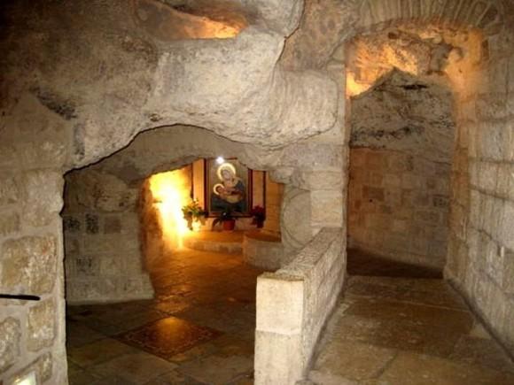 """""""Молочная пещера"""" в Вифлееме"""