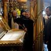 Патриарх Илия II посетил московские храмы