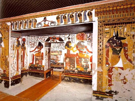 Гробница Нефертити. Вестибюль