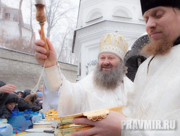 Наместник Лавры, митрополит Павел