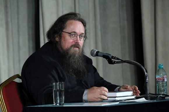 В Московской Патриархии опровергают критику протодиакона Андрея Кураева в адрес церковного суда