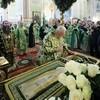 180-летие преставления преподобного Серафима Саровского: Литургия в Дивеево (ФОТО)