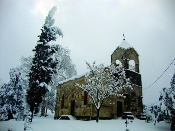 Храм Рождества Богородицы Теклатского женского монастыря зимой