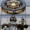 Американцам будут переданы дети, усыновленные ими до 1 января 2013 года – Верховный Суд