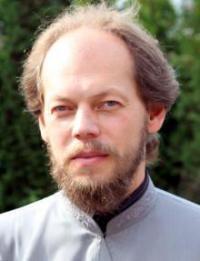 Прот. Георгий Коваленко призвал освобождаться от политизированного мышления и не привносить его в церковную ограду