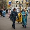 Религиозные обряды вне храмов и кладбищ предложили согласовывать с властями