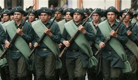 Парагвайская армия в форме времен войны в Чако