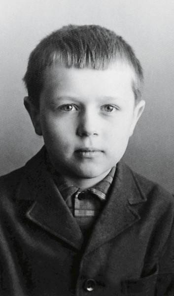 Андрей-первоклассник, 1969 год. Фото из личного архива протодиакона Андрея Кураева