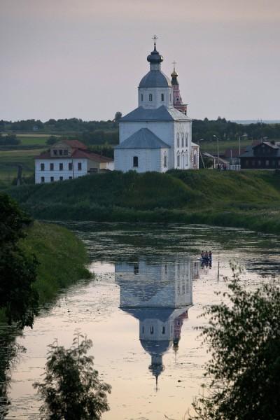 Вид на речку Каменка и Ильинскую церковь (1744 г.)