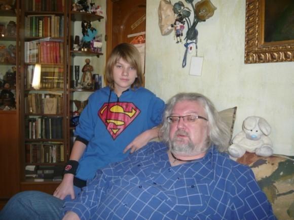 С сыном - Андреем Максимовым-младшим. Фото: belan-olga.livejournal.com