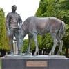 Посольство России направило в МИД Франции ноту в связи с осквернением памятника русским воинам