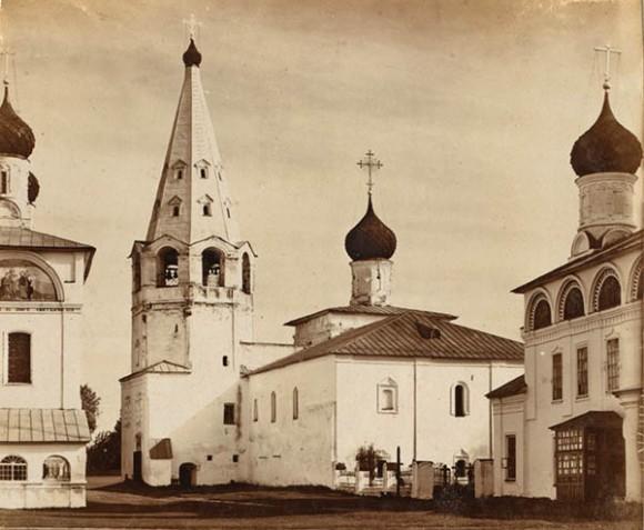 Иван Сусанин. Троице-Макарьевский монастырь, что на речке Унже