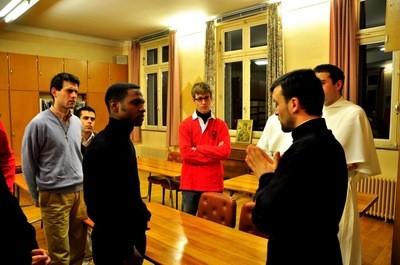 Фото: parroquiarusaenelche.blogspot.com