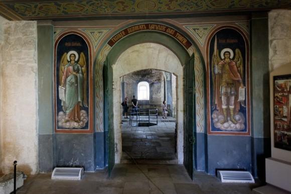 Кидекша. Церковь Бориса и Глеба. Внутренние интерьеры