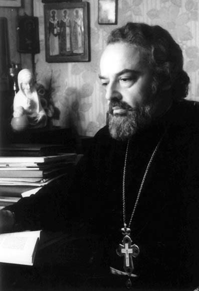 Священник Александр Мень