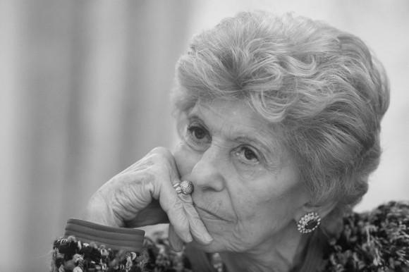 Элен Каррер Д'Анкосс, историк, политолог, специалист по истории России