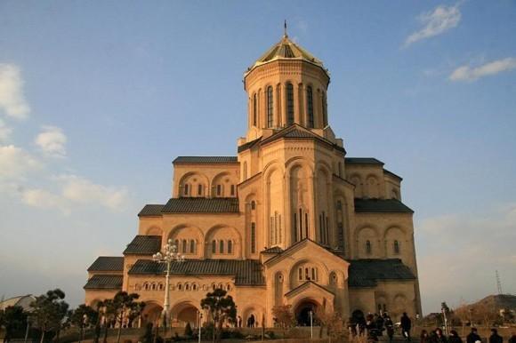 Троицкий кафедральный собор в Тбилиси