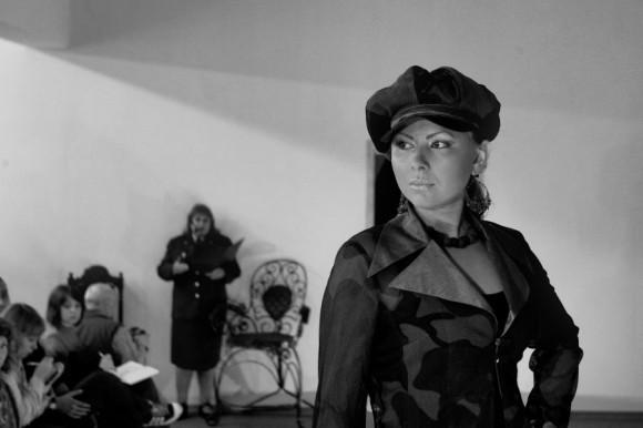Показ мод в женской колонии