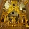 В Петербурге представили восстановленный иконостас Петропавловского собора