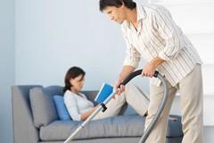 А должен ли муж жене помогать? (Опрос)
