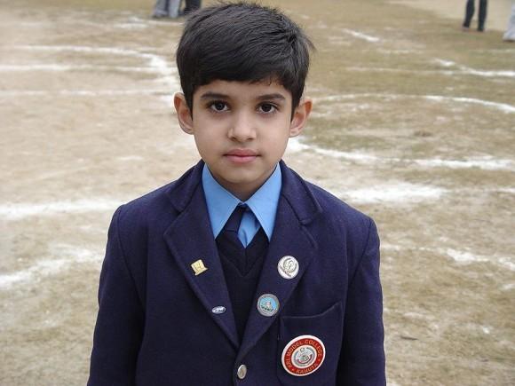 Ученик пакистанской школы