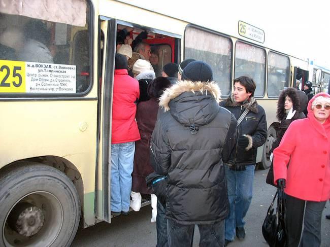 Ежедневно нарядами ДПС осуществляется контроль за движением общественного транспорта...