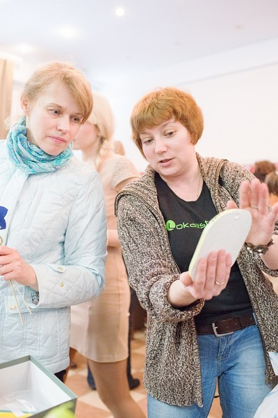 Ольга принесла свои работы на ярмарку