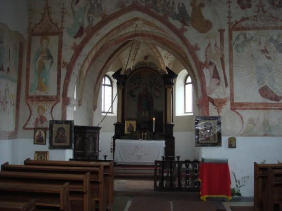 Внутренняя часть храма святителя Николая, архиепископа Мир Ликийских в Клатовах