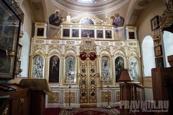 Иконостас Казанской церкви