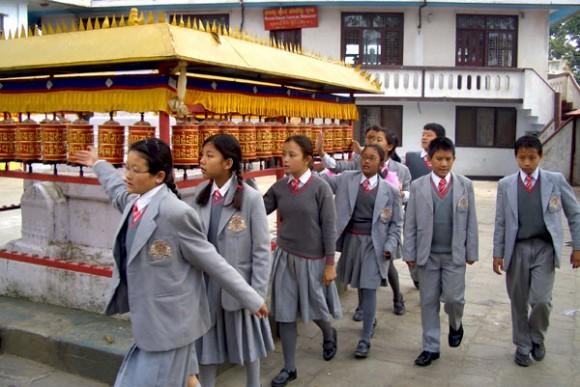 Школьная форма в Непале