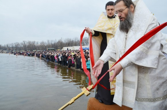 Освящение воды. Крещение, Днепр, 2013 год