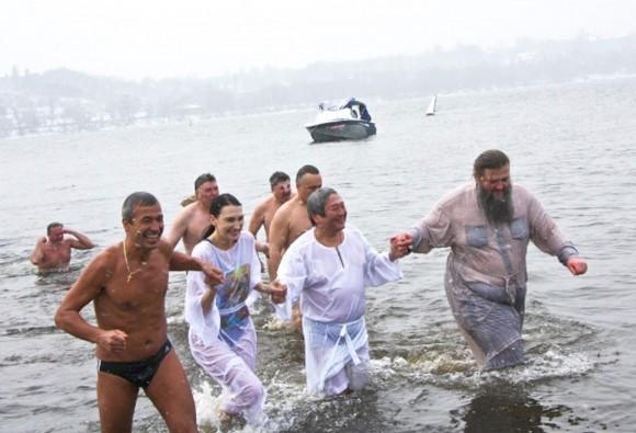 Крщение в Днепре