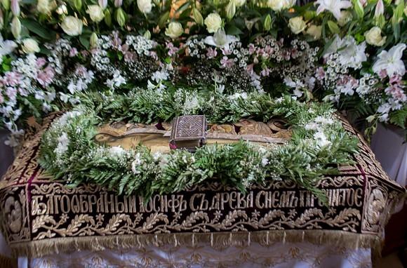 Вынос плащаницы в храме свт. Николая в Кузнецах (13)